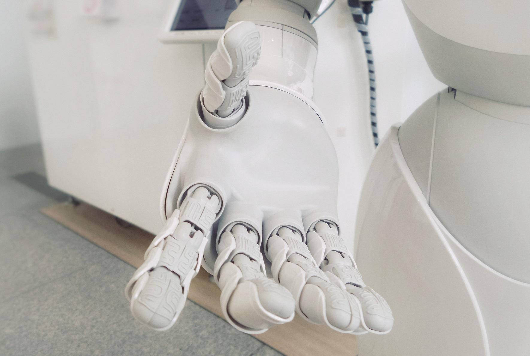 Os Robôs Deveriam ter Direitos? | Universidade Libertária